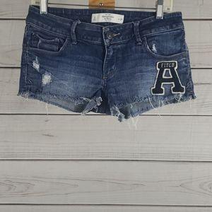 Abercrombie • 6/28 jean shorts letterman destroyed